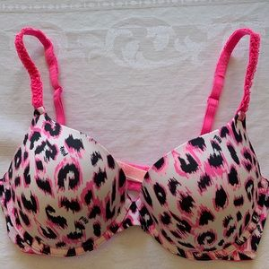 PINK 34D wear everywhere push-up bra